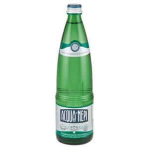 bottiglia in vetro di acqua di nepi 75 cl