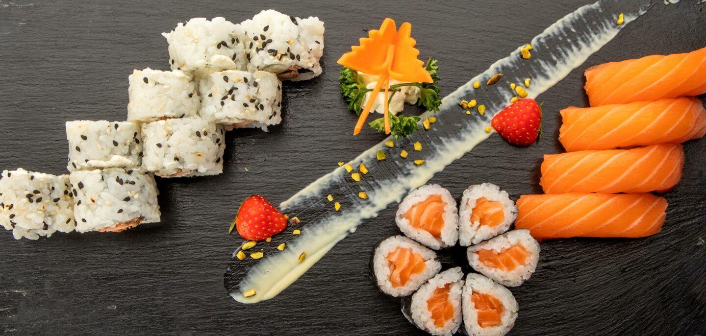 tavoletta sushi e nigiri